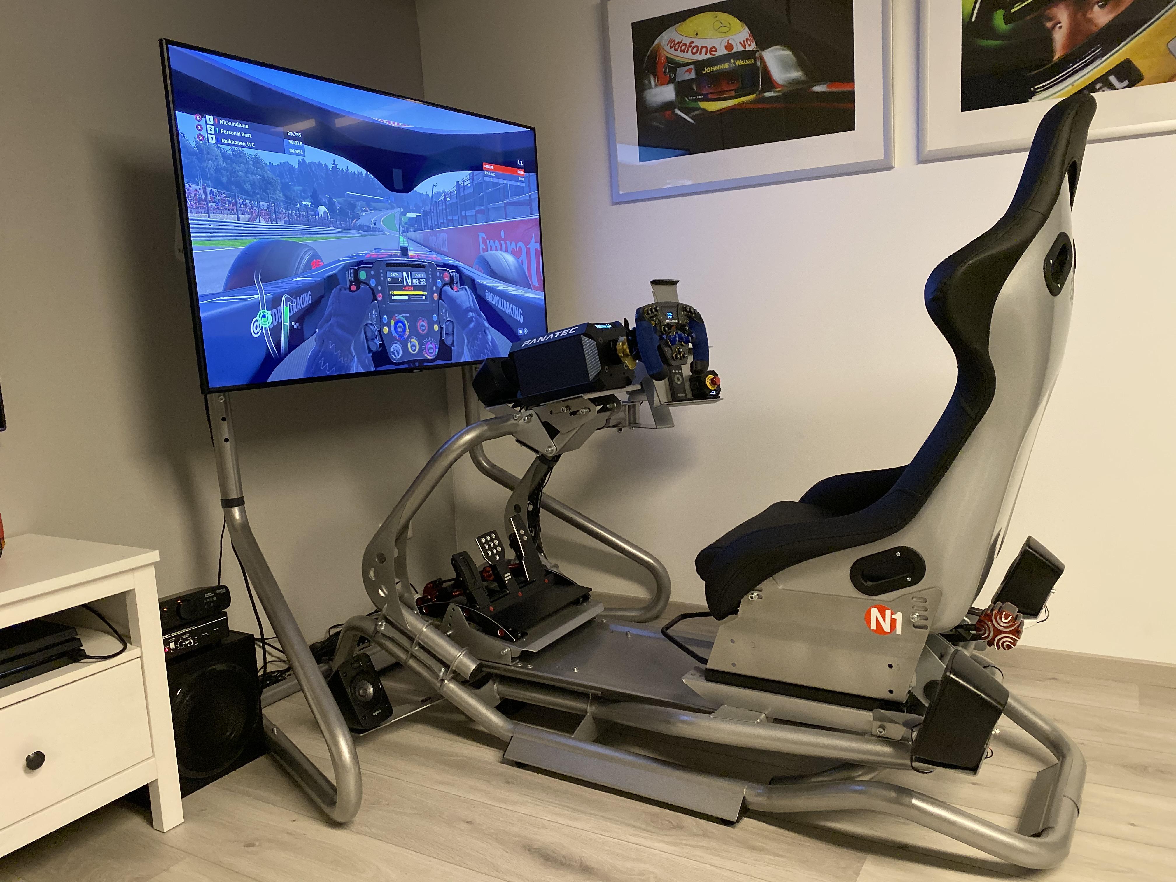 https://raymondsmits.nl/documenten/Race-Simulator07.jpg